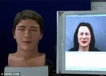 얼굴 표정 따라하는 '인간 로봇' 나왔다