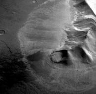 화성 지하에 800m 두께 거대 빙하 발견