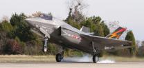 차세대 스텔스 전투기 F-35B 비행테스트