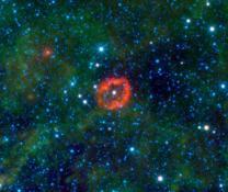 1만 6000광년 밖 우주의 '키스마크' 포착