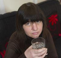 11년째 딸꾹질 멈추지 않는 英여성