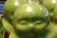 中 아기 닮은 '동자 과일' 불티나게 팔려…맛은?