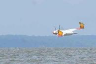 미 해군 '오리 로봇' 개발... 잠수도 하고 하늘도 나는 드론 나온다