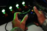 미육군, '원격조종 무장 타워' 테스트...전쟁도 게임 패드로 한다?