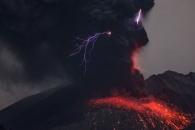 화산폭발 시 나타나는 '화산번개' 비밀 풀렸다