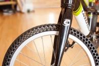절대 펑크 안 나는 자전거 타이어 개발
