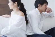 '사랑 밀어내는 데이트 비용'…10명 중 7명 이별 고려