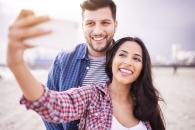셀카 찍고 공유하는 세 가지 이유…자아도취 아니다 (연구)