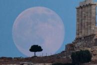 '잃어버린 나이 5억살' 되찾은 달…45억1000만년 전 생성(연구)