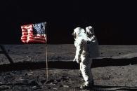 """[이광식의 천문학+] """"아폴로 11호는 달에 안갔다!"""" - 음모론 잠재우는법"""