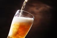 술 적당히 마셔도 뇌 손상 피할 수 없다 (연구)