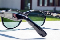 [와우! 과학] 태양전지 달린 선글라스…휴대폰 충전 가능