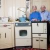 [월드피플+] 신혼 때 산 세탁기, 가스레인지 60년 째 쓰는 노부부