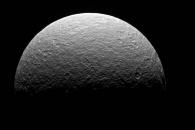 [우주를 보다] 카시니호의 '마지막 토성 위성 사진' 공개