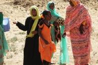 바지 입었다는 이유로 체포된 수단 여성들
