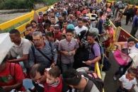 [여기는 남미] 물가상승률 1만 3000%…베네수엘라 대탈출 행렬