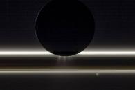 [우주를 보다] 토성 고리와 위성이 벌인 '빛과 얼음'의 축제