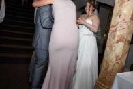세상에서 가장 '황당한 웨딩사진' 받은 신혼 부부
