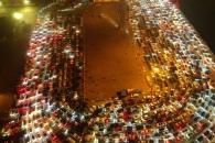차량 1만1000대 발 묶인 '대륙의 교통마비' 현장