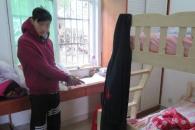[여기는 중국] 침대 밑에 숨은 빈집털이범, 발냄새 때문에 잡혀
