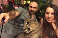 아파트에서 2년 6개월째 퓨마 키우는 러시아 커플