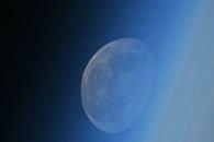 [지구를 보다] ISS에서 바라본 환상적인 월몰(月沒)