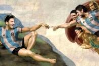 마라도나 손끝서 탄생한 메시…축구판 '아담의 창조' 벽화