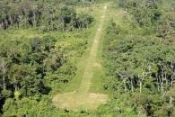 마약 카르텔의 '비밀 활주로' 온두라스서 발견…비행기로 배달