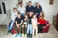 [월드피플+] 아내가 죽기 전 남긴 메모 덕에…8자녀 홀로 키운 남편