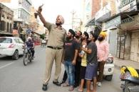 세계 최장신? 인도서 키 가장 큰 228㎝ 경찰관 화제