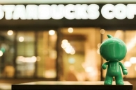스타벅스가 중국서 마윈과 손 잡고 배달나선 이유는?
