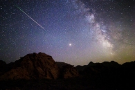 [우주를 보다] 한 여름밤 '별똥쇼'…세계서 본 페르세우스 유성우